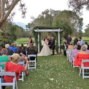 Sam and Rochelle Redland Bay Golf Club wedding