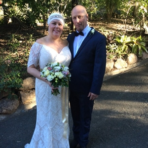 Emma-and-Shane-Mt-Cotton-Retreat-with-gwen-inglis-wedding-celebrant