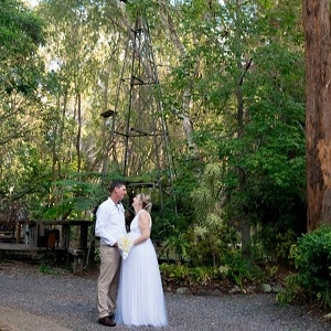 Justin and Erin's wedding ceremony at Macarthur Park Wedding Chapel with Gwen Inglis Wedding Celebrant Brisbane