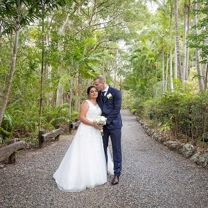 Traci and Michael at Macarthur Park Wedding Gardens with Gwen Inglis Wedding Celebrant Brisbane